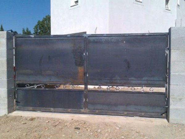 Portail fer forge for Modele de portail en fer